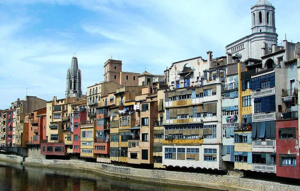 город Жирона фото Испания