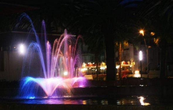музыкальный фонтан в Салоу