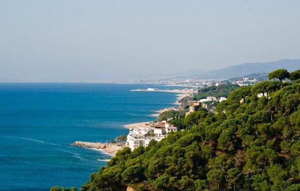 побережье барселоны отели